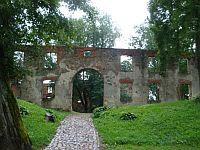 Гробиня, Латвия